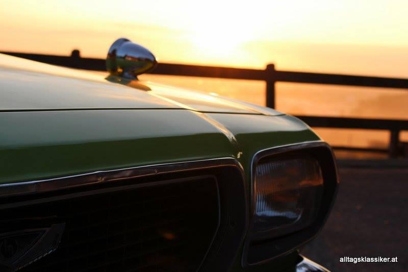 Mazda 818 Sedan