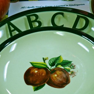 APPLES FOR THE TEACHER: A Back to School Tablescape