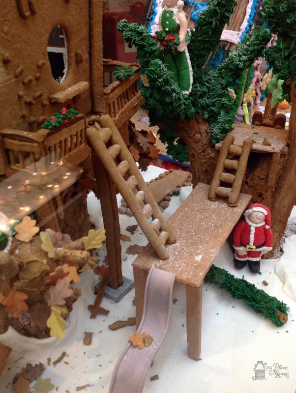 Grove Arcade Gingerbread09.Grove Arcade Gingerbreade09.IMG_3761