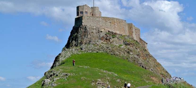 My Plaid Heart In England-A Visit to Lindisfarne Castle