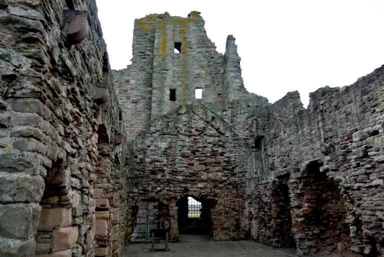 Tantallon Castle ruins.