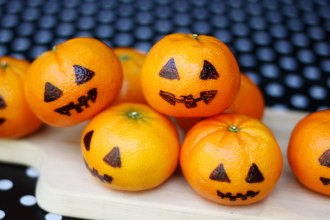Halloween party food and game ideas