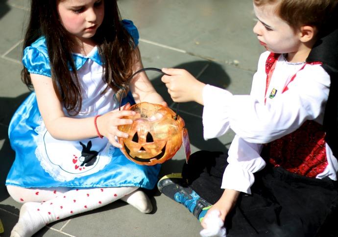 Pass the pumpkin game