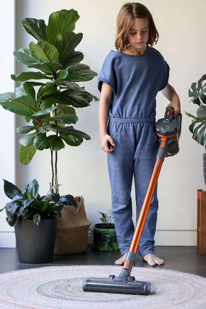 How to get the kids to help with housework - Sauber Advance Handstick Vacuum - mypoppet.com.au