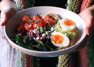 Quinoa Breakfast Bowl Recipe - Vegetarian - mypoppet.com.au