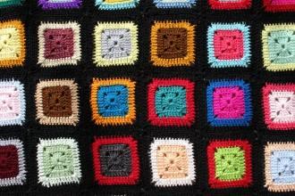 lern to crochet granny square blanket