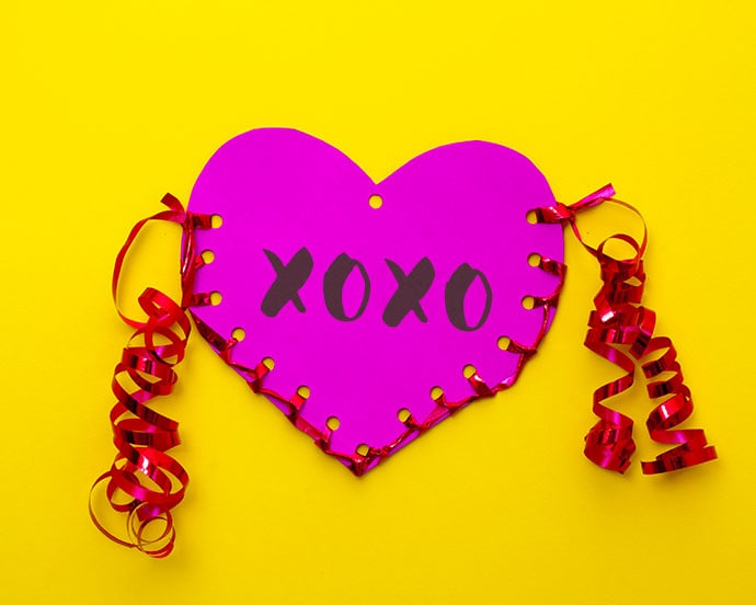 Kids Craft: Valentine's Day Paper Heart Pouch