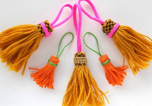 It's easy to make tassels with frindge and trims