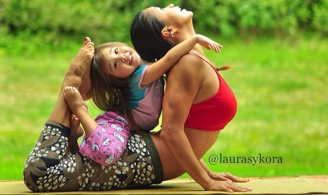 Heart touching mom & daughter yoga portrait featured