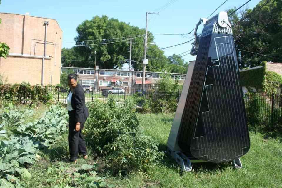 SmartFlower for gardens