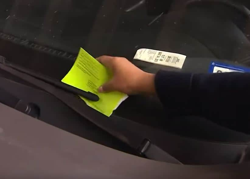Las Vegas allows drivers with violation to pay parking