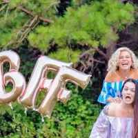These 'besties' celebrated 23 years of friendship in a hilarious BFF photoshoot