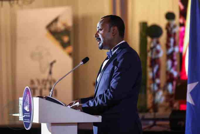 A popular African leader from Ethiopia wins the Nobel peace prize award.