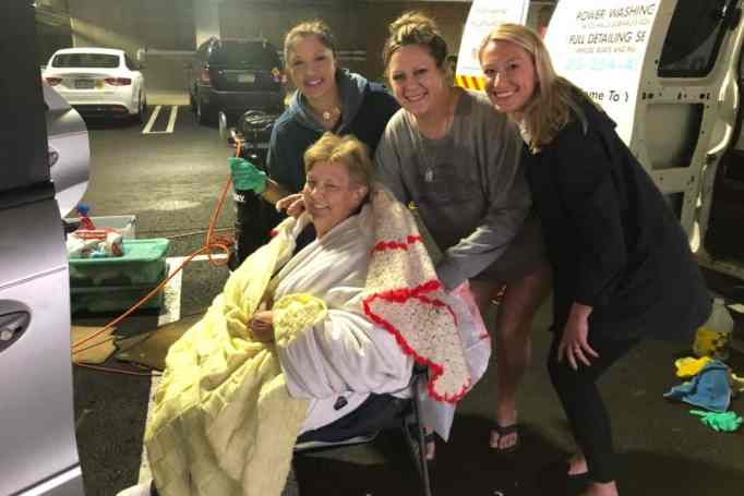 Homeless woman helped by her community.
