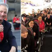 Gary Sinise flies over 1,000 families of fallen soldiers to Disney World for Christmas vacation