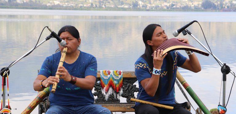 Irmãos tocam 'Hallelujah' em flautas de pan, e é a versão mais reconfortante que você já ouviu 2
