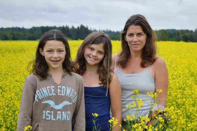 Mom teaches daughters the power of resilience at work.