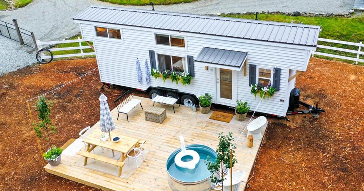 A fantástica pequena casa em estilo de fazenda da família parece diretamente de um feed do Pinterest 13