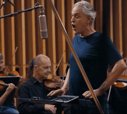 Andrea Bocelli sings Amazing Grace