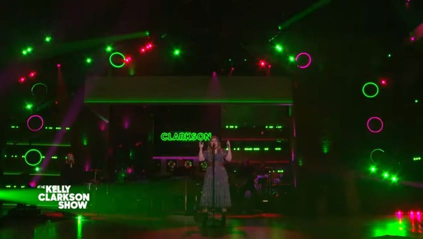 Kelly Clarkson performing Poker Face on The Kelly Clarkson Show