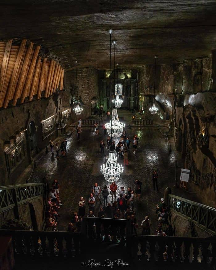 Часовня св. Кинги внутри соляной шахты в Величке