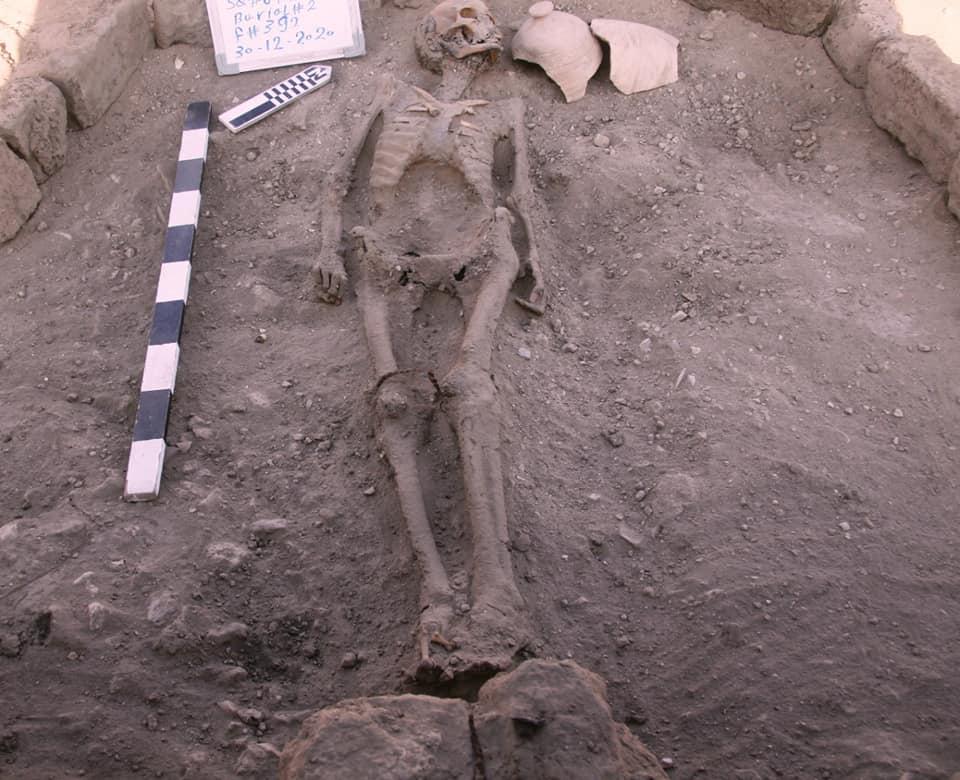 Скелет похоронен в затерянном золотом городе в Египте