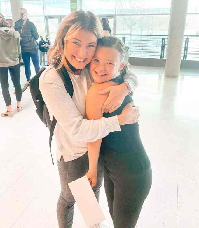 Kecia Cox hugging her daughter Bree