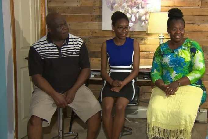 Verda Tetteh with her parents