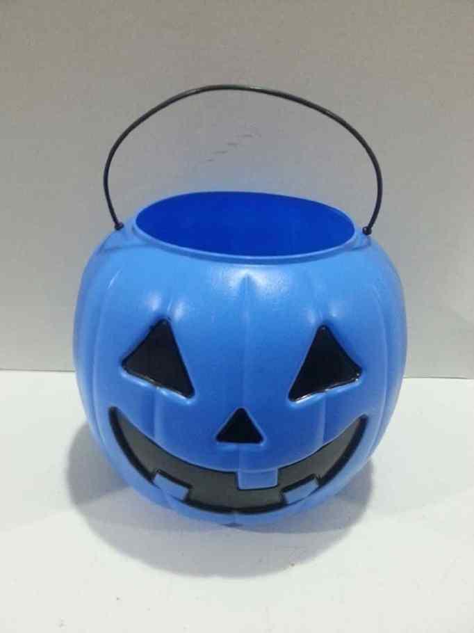 blue pumpkin bucket