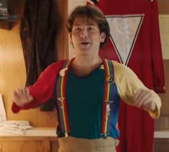 Jamie Costa impersonating Robin Williams as Mork