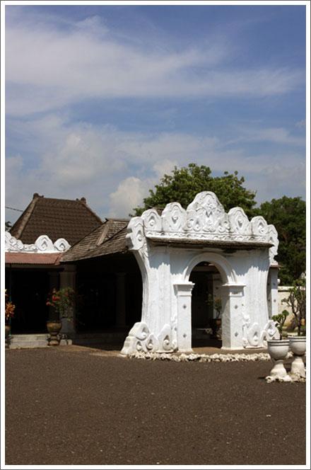 Cirebon Toni Wahid
