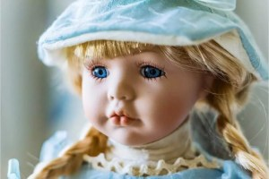 How to wash synthetic doll hair