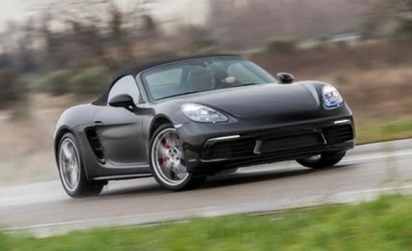 Porsche Boxster Base Model 2.7 New Model 2021 Price Shape Redesign Colors Technical Specs