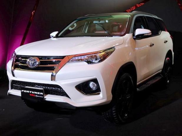 New Model 2017 Toyota Fortuner TRD Sportivo Spec Features Price in Pakistan India Reviews