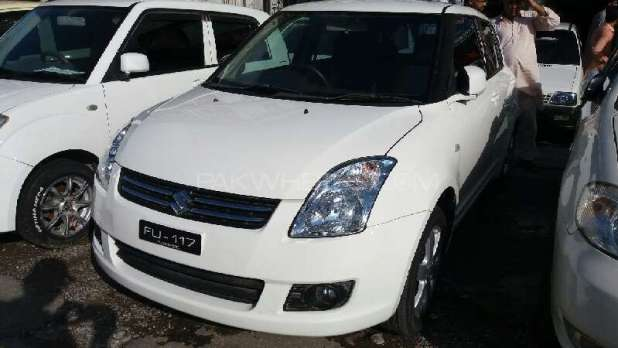 Suzuki Swift DLX 1.3 Model 2018 New Shape Pictures Price in Pakistan Fuel Consumption Extra Features | Cars Price in Pakistan
