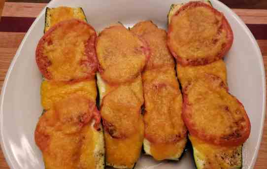 Low Carb Cheesy Zucchini Boats