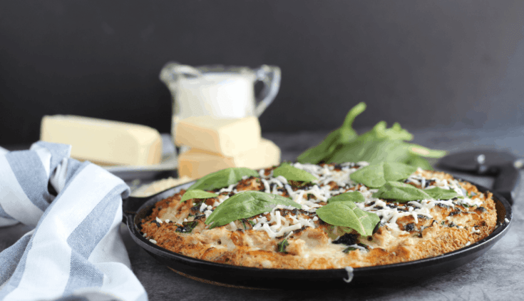 Chicken Spinach Alfredo Pizza (low carb, keto, gluten free)