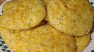 Low Carb Garlic Cheese Biscuits