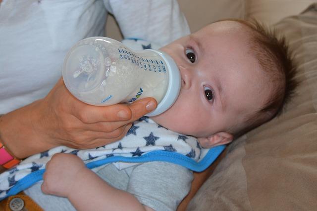 Cara Memilih Susu Formula Untuk Bayi Anda
