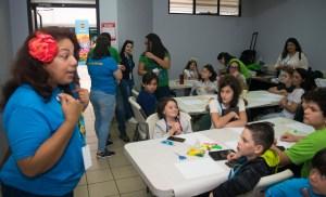 Aida Correa teaching at KidsCamp in Costa Rica