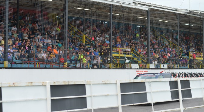 Oswego Speedway to Offer Corporate Group Ticket Discounts in 2016