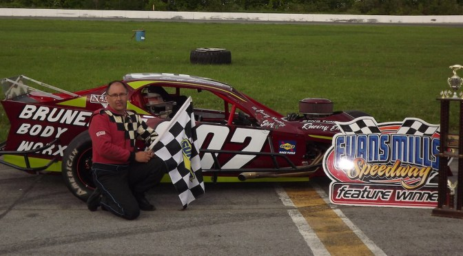 BRUNELLE TAKES DOWN SECOND MILLS MOD WIN AT EVANS MILLS