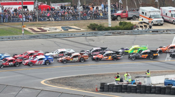 LARGE FIELDS EXPECTED FOR WALL STADIUM TURKEY DERBY