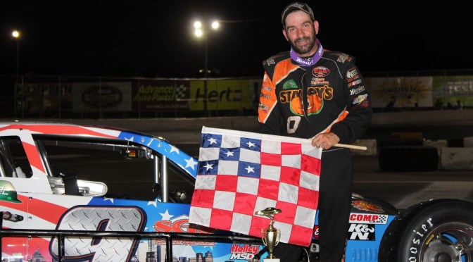 TOM ROGERS HITS RIVERHEAD RACEWAY DAILY DOUBLE WITH NASCAR MODIFIED & FIGURE EIGHT VICTORIES SATURDAY