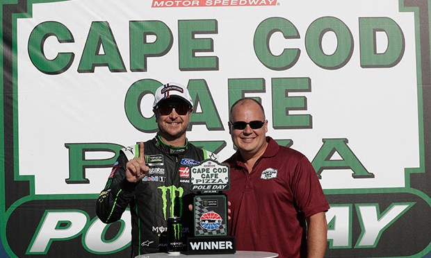 Kurt Busch Captures First NHMS Pole