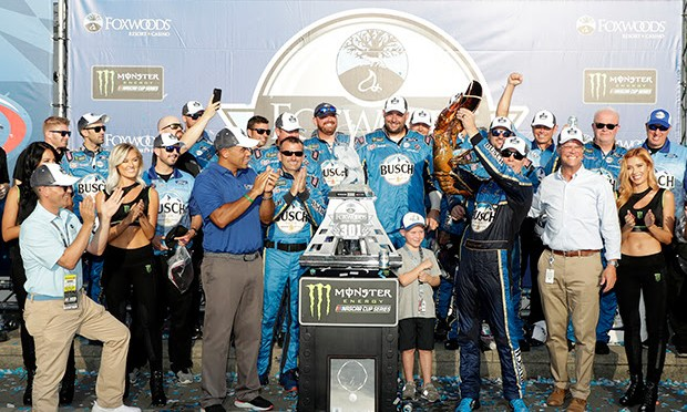 Harvick Cashes in a Pair of Fours With NHMS Win Number Four in the No. 4