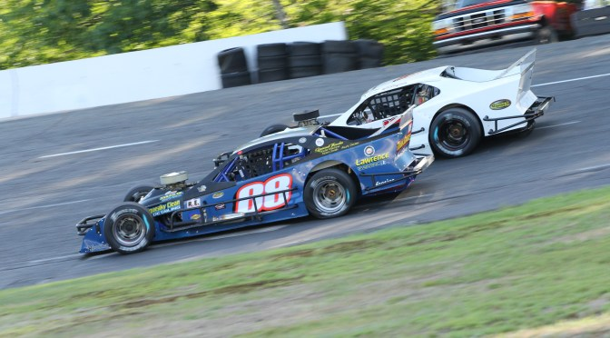 BATTLE OF THE HOMETOWN HEROES BREWING FOR TTOMS MONADNOCK 100