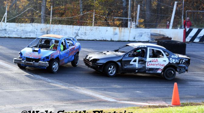 Mahoning Valley Speedway Small Car Nationals was light on cars but big on action