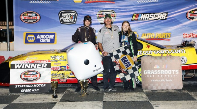 Ryan Fearn Wins Late Model NAPA Auto Parts Rookie of the Year Honors at Stafford Motor Speedway