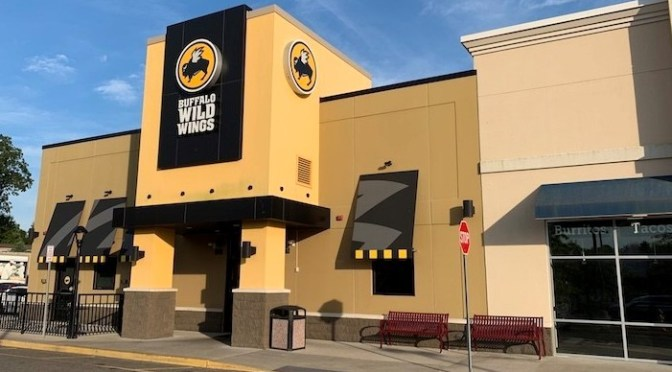 28TH ANNUAL LONG ISLAND DAYTONA 500 PARTY GOING BACK TO BASICS AT BUFFALO WILD WINGS OF RIVERHEAD FEBRUARY 16TH, 2020